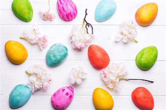Ruošiamės Velykoms – dovanos, kiaušinių dažymas, papročiai