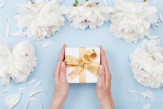 Ką dovanoti jaunavedžiams, kad vestuvių dovanos nenuviltų?