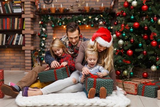 Kalėdinės dovanos šeimai: poilsio ir pramogų idėjos