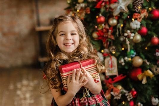 Kalėdinės dovanos vaikams nuo 2 iki 16 metų + Kalėdų senelis