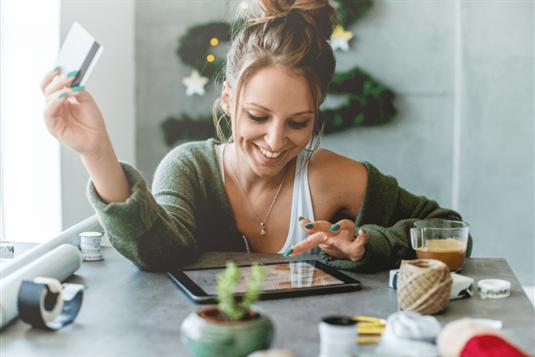 Dovanos internetu – TOP idėjos, ką dovanoti Kalėdoms