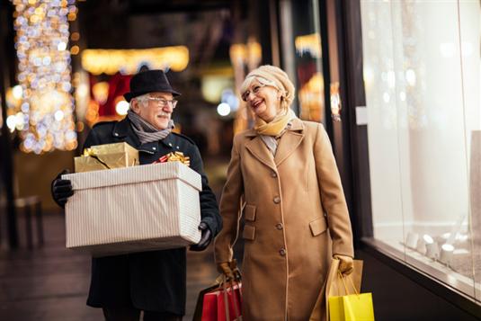 Patarimai, ką padovanoti seneliams įvairiomis progomis