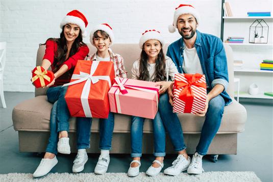 Kalėdinės dovanos šeimai ir tėvams: idėjos 2020 m.