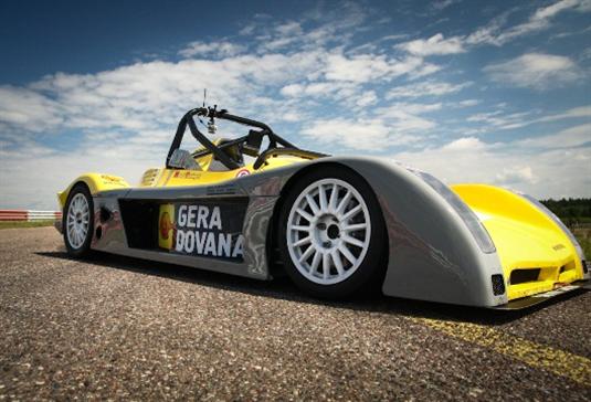 """Galingesniu tapęs """"Spire GT-R"""" neslepia ambicijų """"Omnitel 1000 km lenktynėse"""" (nuotraukos, video)"""