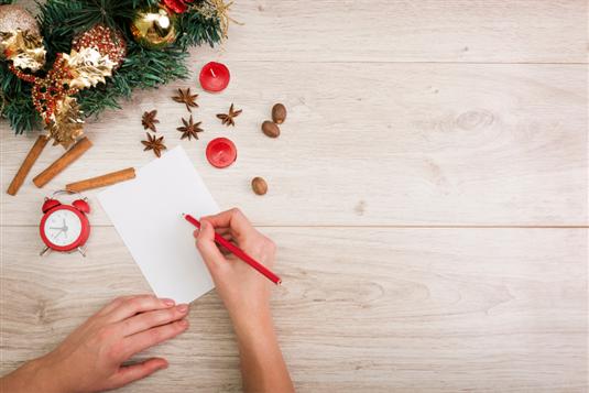 Naujausi kalėdiniai sveikinimai – dovanokite nuoširdumą!
