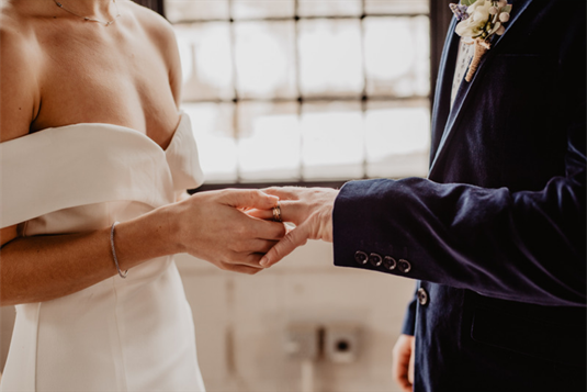 Vakarietiška vestuvinių dovanų tradicija skinasi kelią ir Lietuvoje