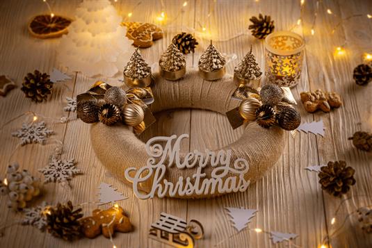 Kalėdinis Advento vainikas - reikšmė ir patarimai, kaip pasigaminti namuose