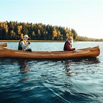 Žygis kanojomis Platelių ežere su iškyla