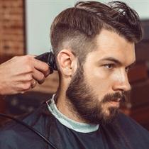 Barzdos skutimas ir plaukų kirpimas