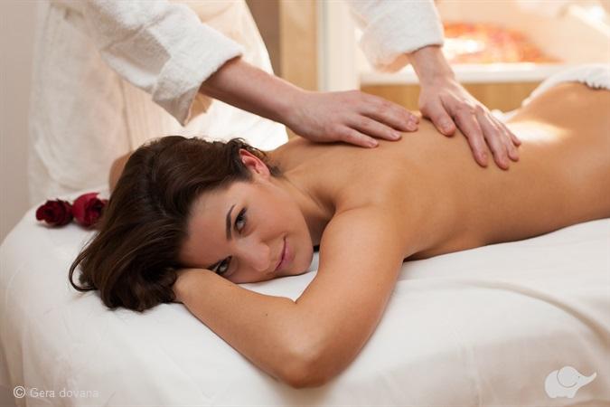 Medaus SPA procedūra, masažas + įvyniojimas
