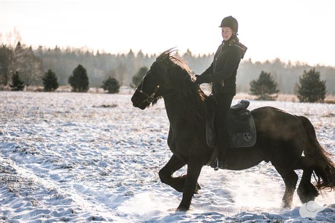Savarankiškas jodinėjimas žirgu