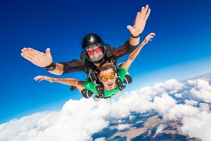 Tandeminis šuolis parašiutu Klaipėdoje