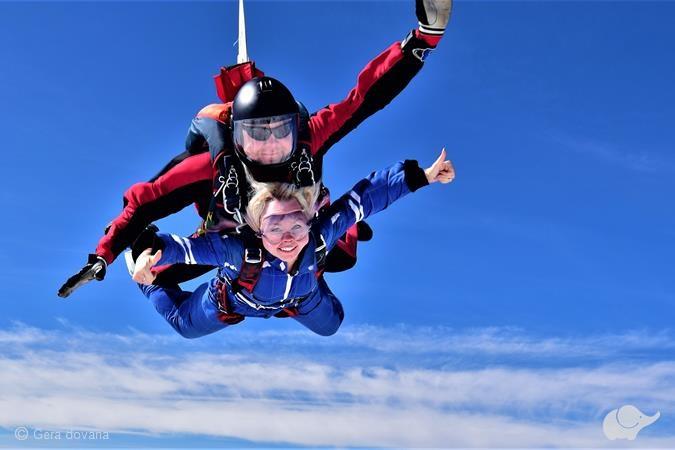 Tandeminis šuolis parašiutu Žemaitijoje