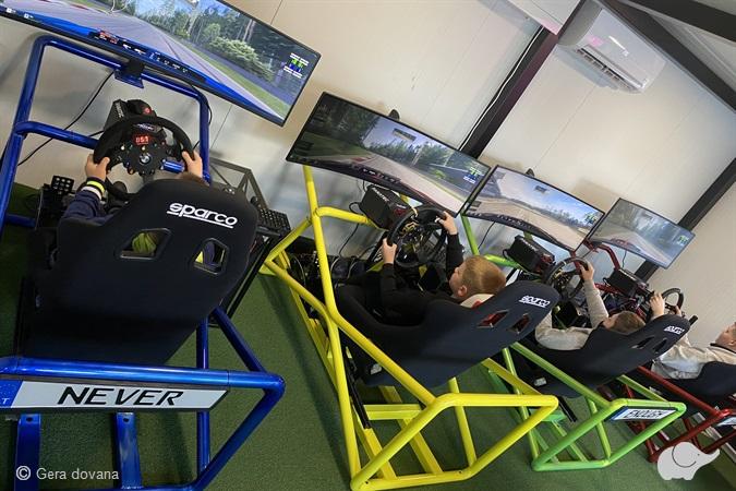 Turnyras lenktynių simuliatoriuje